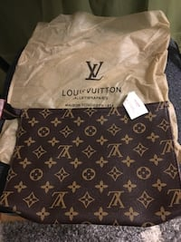 Brown louis vuitton monogram canvas tote bag Mississauga