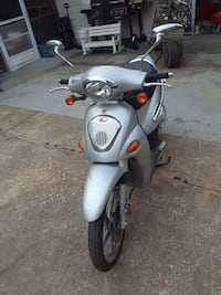 People Scooter/Runs Great