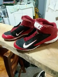 red-and-black Nike basketball shoes Moline