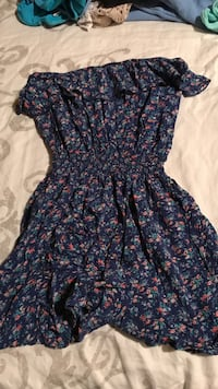 blue and red floral sleeveless dress Kelowna, V1X 2M1