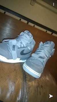 Nike air Jordan's grey size 9.5