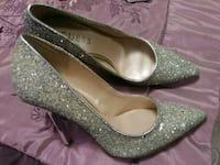The Guess shoes, size 6M, has been worn just ones  Toronto