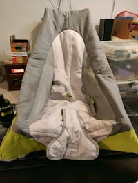 Portable baby chair and carrying case Calgary, T3J 1S2