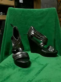 pair of black leather open-toe wedges Dallas, 75214