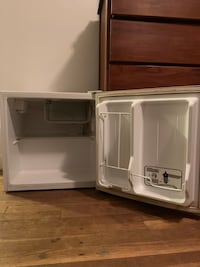 Haier Mini fridge Norfolk, 23509