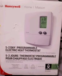 New Programmable Thermostat  Nanaimo, V9R 6S3