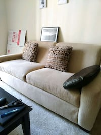 Couch North Bethesda, 20852
