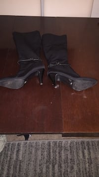 pair of black leather platform stilettos Annandale, 22003