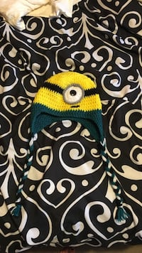 Minions theme knit cap