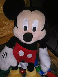 white and red Minnie Mouse plush toy Petal, 39465