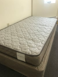 Quilted white and gray mattress Boston, 02215