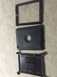 Black otter box ipad case- 3rd Gen I think. Has wear and tear Kitchener, N2P 2S3
