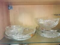 two clear glass bowls with box San Diego, 92114