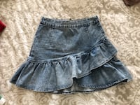Women's denim skirt size S Burlington, L7M 0G9