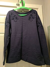 Navy blue sweatshirt Pitt Meadows, V3Y 2J5
