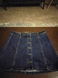 Size large denim skirt Sacramento, 95826