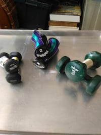 two pairs of black and one pair of green dumbbells Alexandria, 22304
