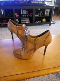 Fergie Womans Shoes
