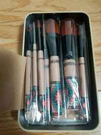 cosmetic brushes and more