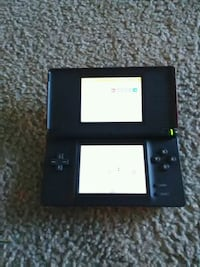 black Nintendo DS with game cartridge Gurnee, 60031