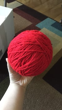 Red ball of yarn Stockton, 95212