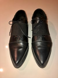 Brand new leather SELECTED loafer