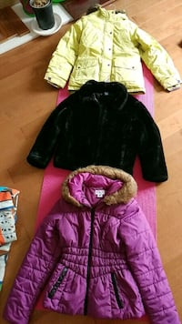 Girls and boys winter jackets and shoes Mississauga, L5M