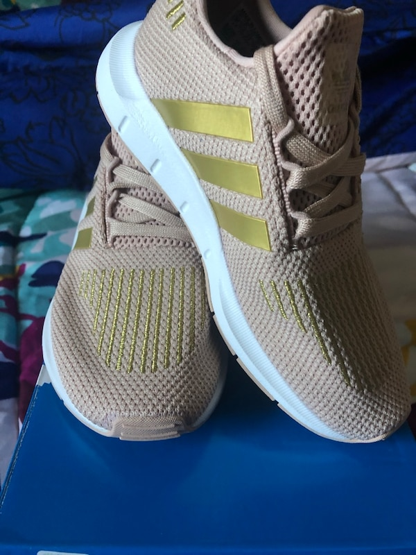 d278c2fd4 Used Adidas Kids size 13 for sale in Menlo Park - letgo