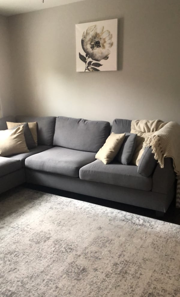 Blue/grey couch/sectional f738b732-0148-45ad-83ca-12bfe5651447