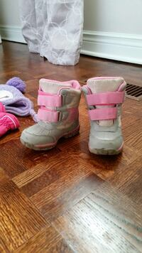 Winter boots toddler size 6 Vaughan, L4L