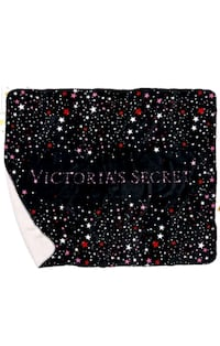 New Victoria Secret sherpa blanket South Bend, 46613