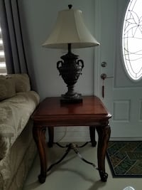 Brown wooden base white shade table lamp Miami, 33175