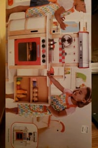 PLAY KITCHEN Hape multi functional play kitchen