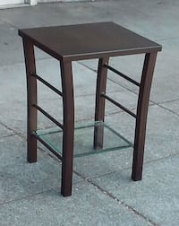 """#17386 Modern Metal and Glass 19.5"""" Wide End Table Oakland, 94610"""