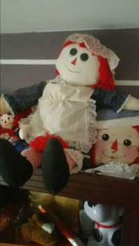 Raggedy Ann collector doll and pillows