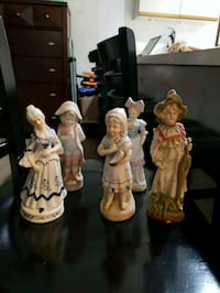 Vintage lot of 5 hand painted porcelain figurines  Milford, 06460