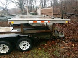 Truck bed toy hauler /snowmobile trailer