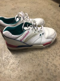 Women's Brunswick bowling shoes size 7 1/2 Victorville, 92392