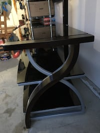 """Whalen 3 in 1 stand for tv up to 60"""" 兰利, V1M 2N4"""