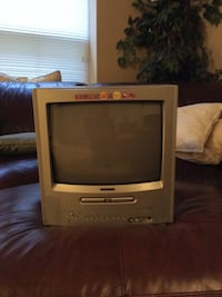"12"" TV with DVD player and remote Clarksburg, 20871"