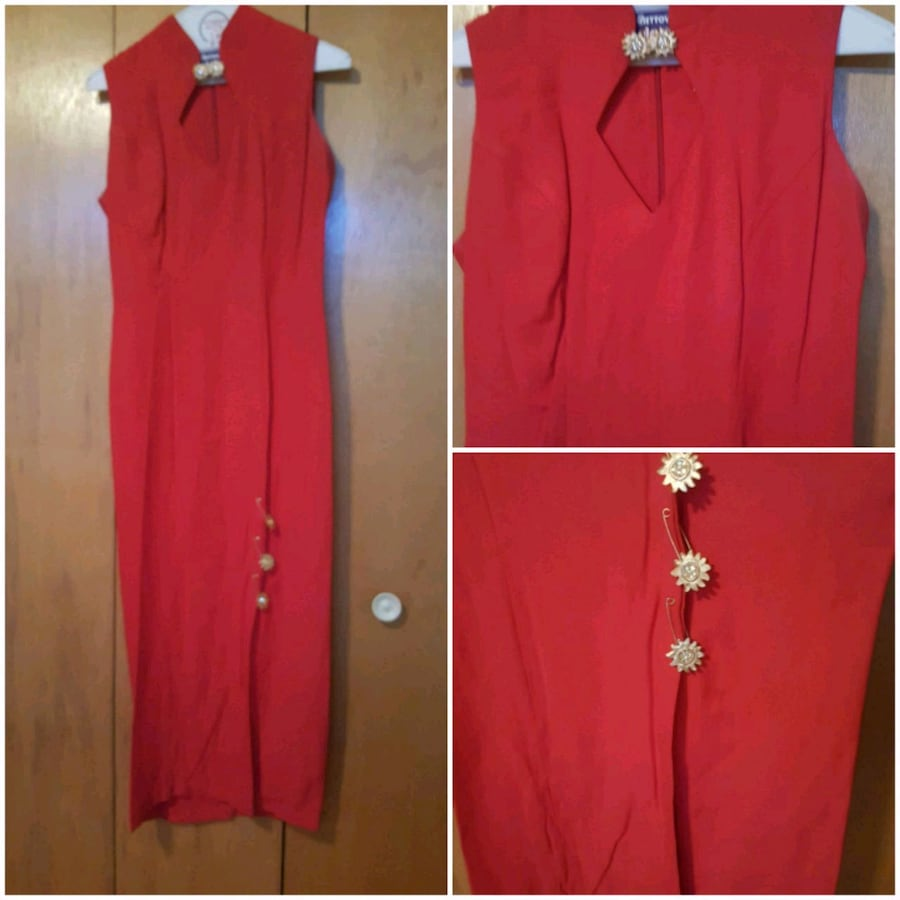 women's red sleeveless dress
