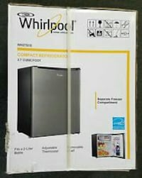 Whirlpool Mini Fridge. 2.7 feet. (Fresh) Manassas Park, 20111