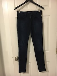 American eagle black jegging size 4 Port Moody, V3H 1P6