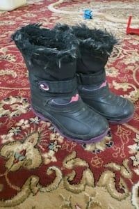 Boots for girl  Ottawa, K2G 2A8