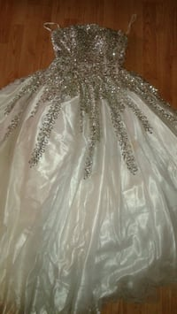 Wedding, Prom, Formal Gown Mississauga, L5J