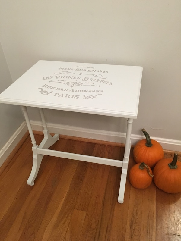 Side Table (So Sweet!)
