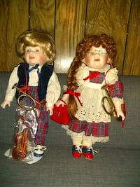 Twin porcelain dolls Mableton, 30126