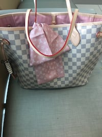 Louis Vuitton Neverfull  Germantown, 20876
