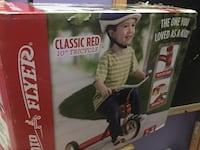 "Radio Flyer 10"" Tricycle NEW Rockville, 20852"