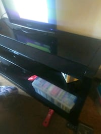 Nice black TV stand with sound bar Uniontown, 44685